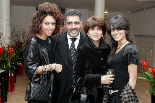 James Caan and Aisha Caan with their daughters, Jemma-Lia and Hanah